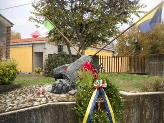 Monumento Cimitero Mirandola